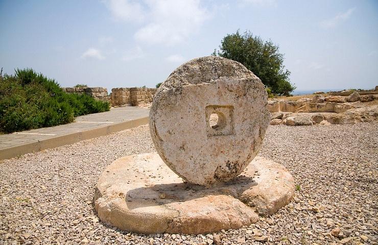 Alek Ruins